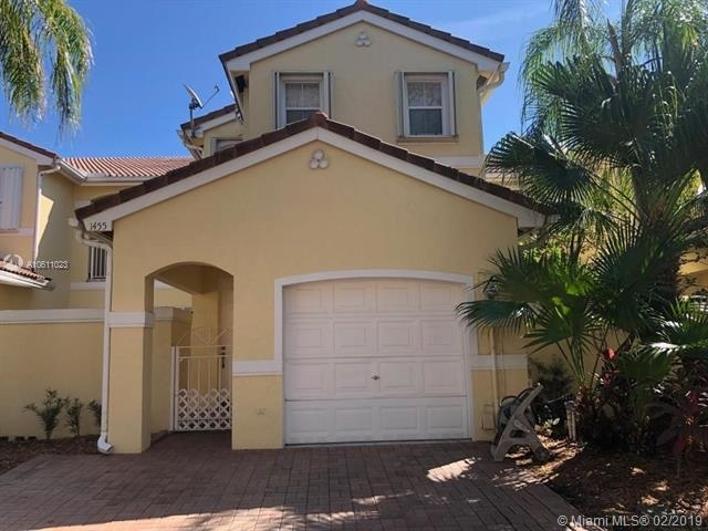 3 Bedrooms, Hollywood Lakes Rental in Miami, FL for $2,800 - Photo 1