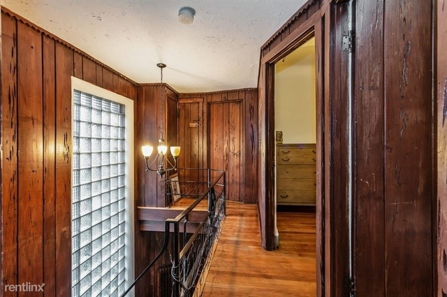 2 Bedrooms, Old Town Rental in Chicago, IL for $2,095 - Photo 2