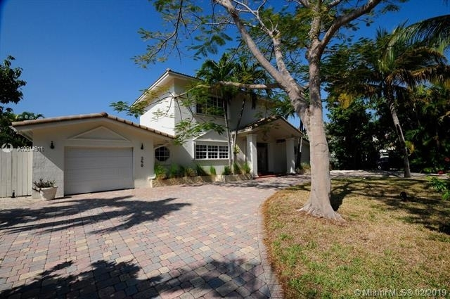 5 Bedrooms, Holiday Colony Rental in Miami, FL for $9,995 - Photo 2