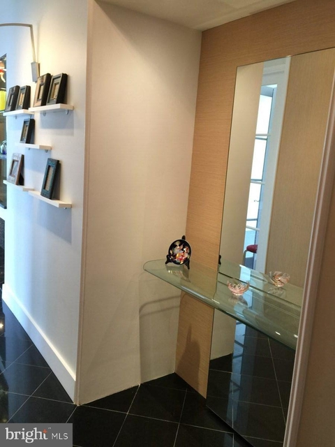 2 Bedrooms, East Village Rental in Washington, DC for $4,250 - Photo 2