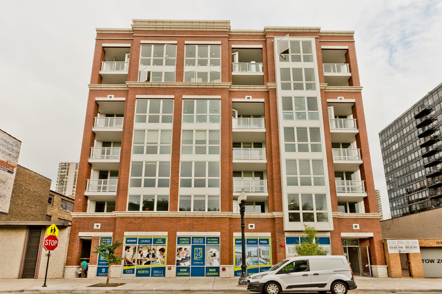 2 Bedrooms, Old Town Rental in Chicago, IL for $2,720 - Photo 1