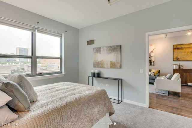 1 Bedroom, Cabrini-Green Rental in Chicago, IL for $1,800 - Photo 2