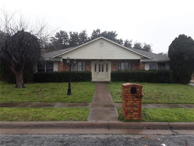 5 Bedrooms, Northridge Rental in Dallas for $1,950 - Photo 1