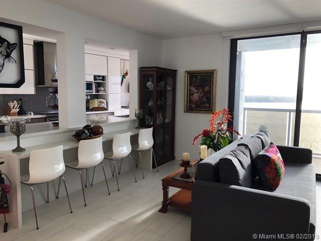 2 Bedrooms, Venetian Islands Rental in Miami, FL for $4,200 - Photo 2