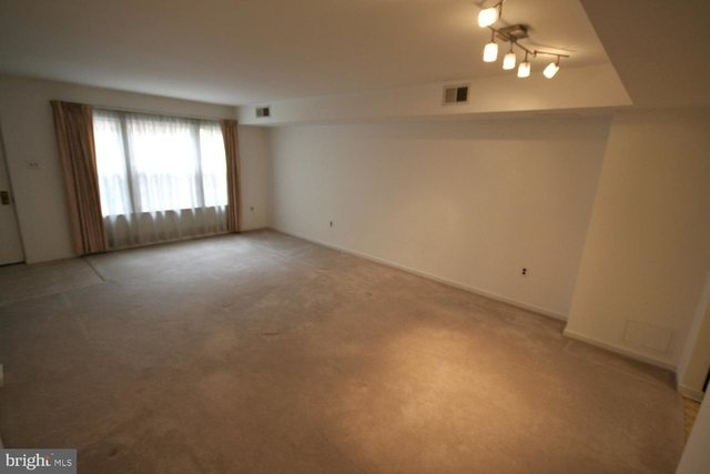 3 Bedrooms, Chinatown Rental in Philadelphia, PA for $1,650 - Photo 2
