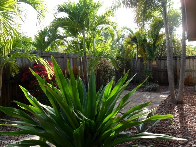 2 Bedrooms, Lauderdale Manors Rental in Miami, FL for $1,995 - Photo 1