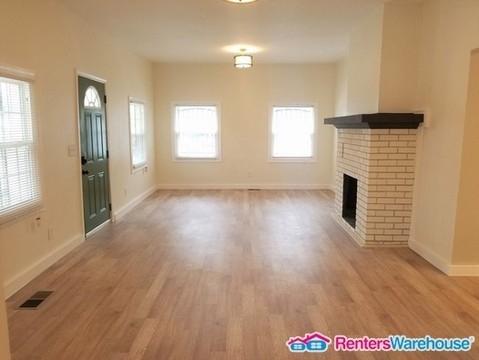 3 Bedrooms, Grove Park Rental in Atlanta, GA for $1,450 - Photo 2