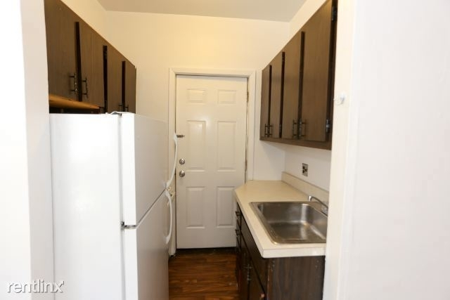1 Bedroom, Lake View East Rental in Chicago, IL for $1,450 - Photo 2