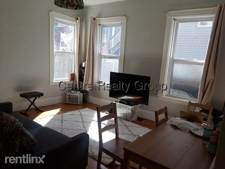 3 Bedrooms, Coolidge Corner Rental in Boston, MA for $3,750 - Photo 2