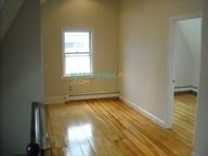 3 Bedrooms, Mission Hill Rental in Boston, MA for $3,200 - Photo 2