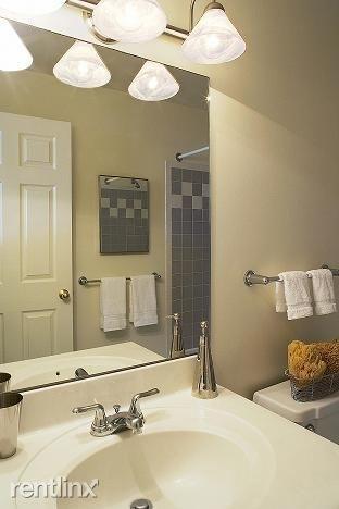 2 Bedrooms, Riverside Rental in Boston, MA for $2,945 - Photo 1
