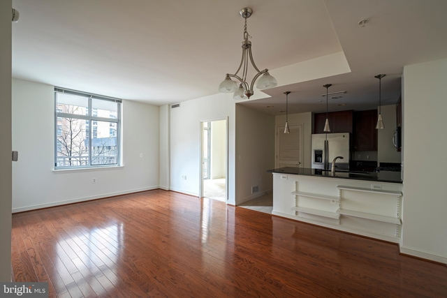 1 Bedroom, Reston Rental in Washington, DC for $2,090 - Photo 2