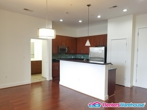 2 Bedrooms, Castleberry Hill Rental in Atlanta, GA for $1,590 - Photo 2