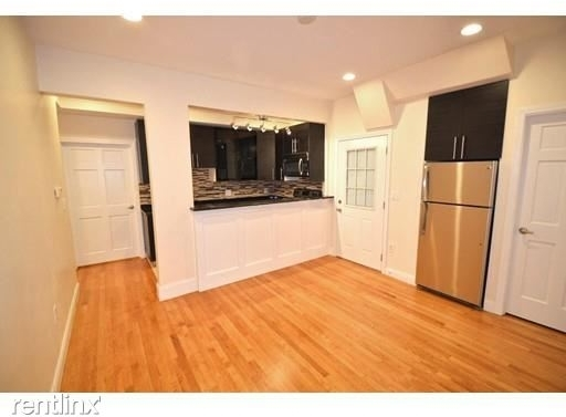 4 Bedrooms, Cleveland Circle Rental in Boston, MA for $4,200 - Photo 1