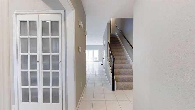 2 Bedrooms, Woodway Place Townhome Rental in Houston for $2,400 - Photo 2