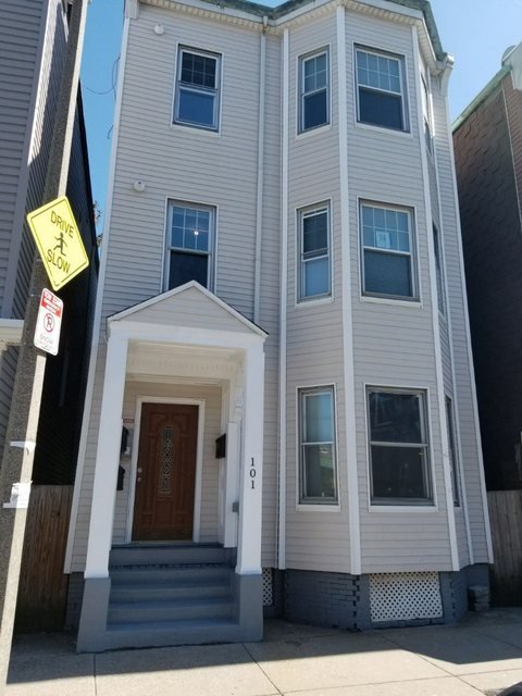 2 Bedrooms, Jeffries Point - Airport Rental in Boston, MA for $2,495 - Photo 1