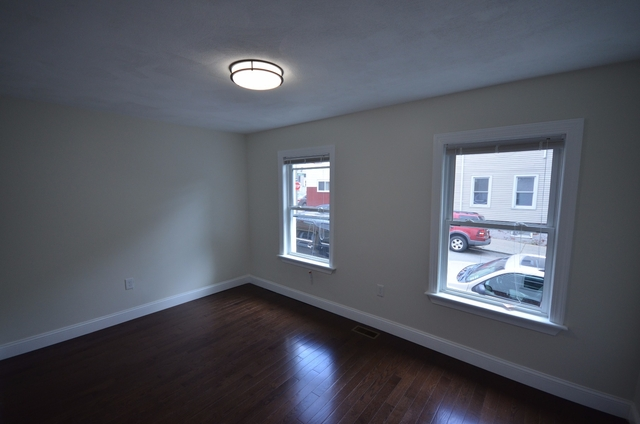 2 Bedrooms, Eagle Hill Rental in Boston, MA for $2,400 - Photo 2