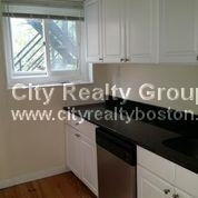 3 Bedrooms, Highland Park Rental in Boston, MA for $2,950 - Photo 2