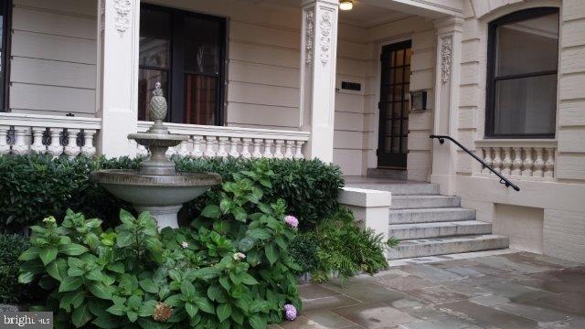 1 Bedroom, Kalorama Rental in Washington, DC for $2,250 - Photo 2