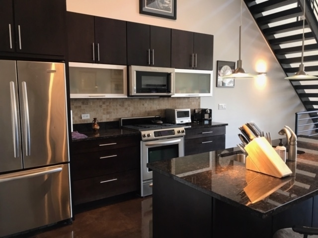 1 Bedroom, Fulton Market Rental in Chicago, IL for $4,500 - Photo 2