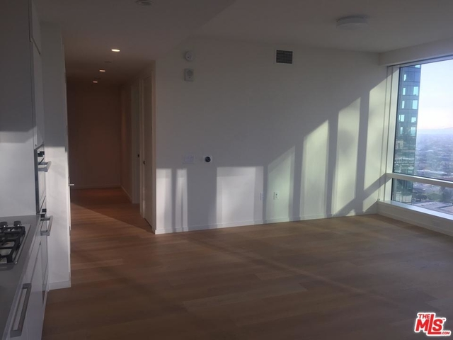 1 Bedroom, South Park Rental in Los Angeles, CA for $4,100 - Photo 2