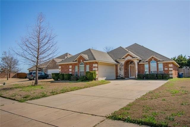 3 Bedrooms, Wylie Rental in Dallas for $2,300 - Photo 2