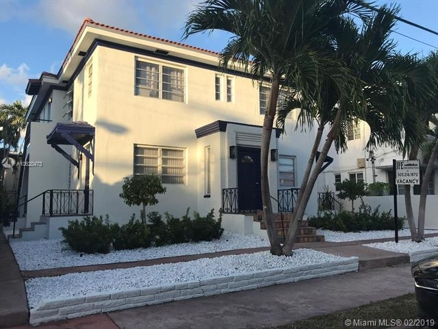2 Bedrooms, Garden Rental in Miami, FL for $1,900 - Photo 1