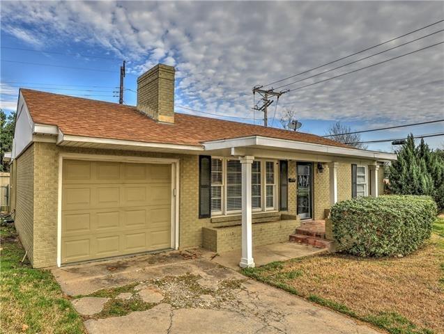 3 Bedrooms, Bluebonnet Hills Rental in Dallas for $1,800 - Photo 2