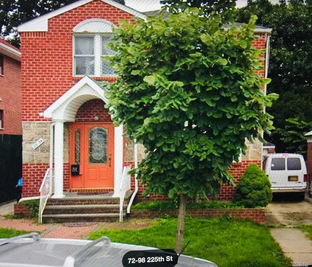 3 Bedrooms, Oakland Gardens Rental in Long Island, NY for $2,300 - Photo 1
