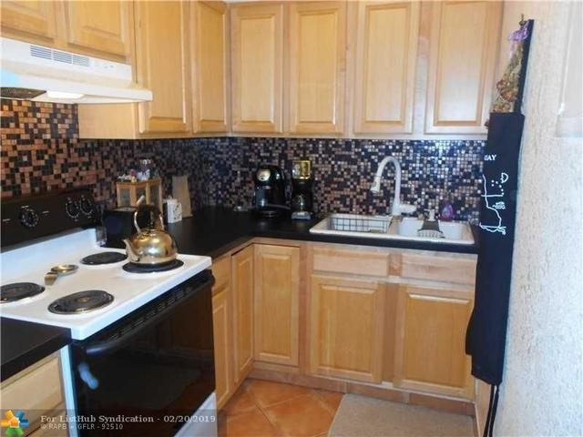 1 Bedroom, Central Beach Rental in Miami, FL for $1,295 - Photo 1