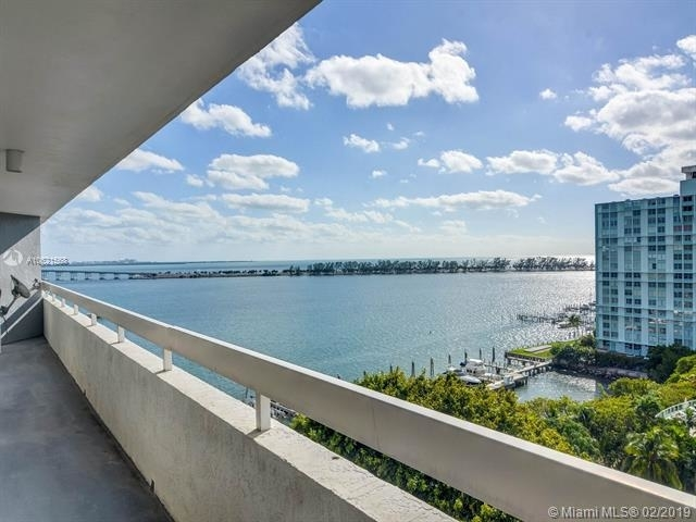 2 Bedrooms, Millionaire's Row Rental in Miami, FL for $2,800 - Photo 2
