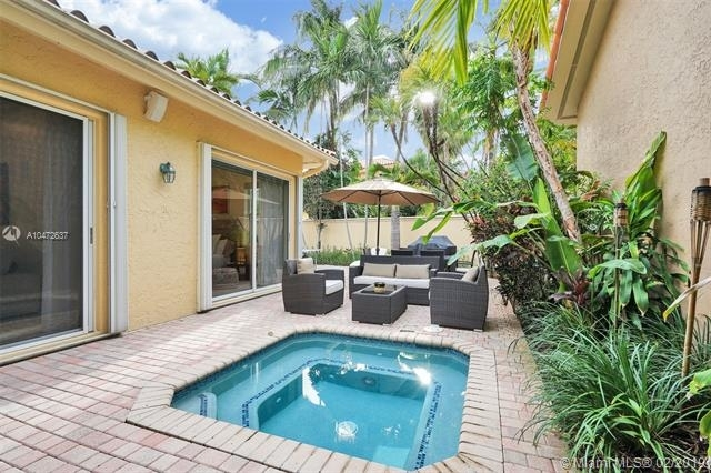 3 Bedrooms, Hollywood Lakes Rental in Miami, FL for $5,500 - Photo 2