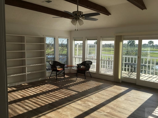 4 Bedrooms, Pirates Cove Rental in Houston for $2,195 - Photo 2
