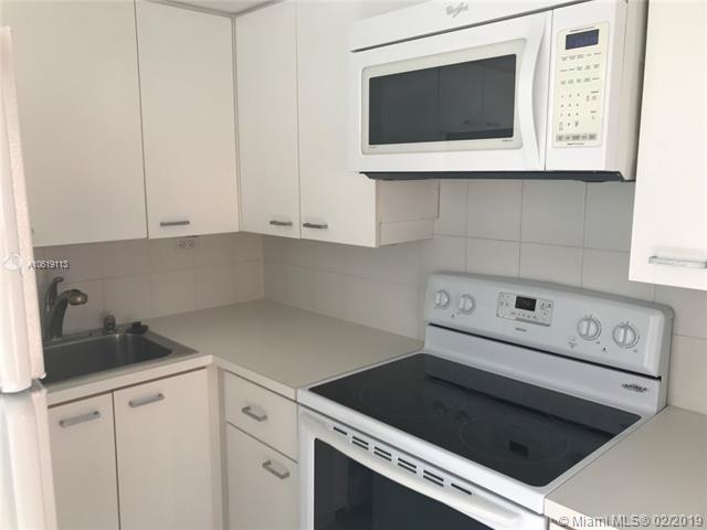1 Bedroom, Northeast Coconut Grove Rental in Miami, FL for $1,600 - Photo 2
