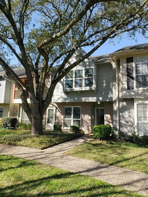 2 Bedrooms, Briarforest Rental in Houston for $1,650 - Photo 1