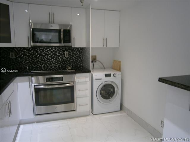 2 Bedrooms, Sunny Isles Beach Rental in Miami, FL for $2,000 - Photo 2