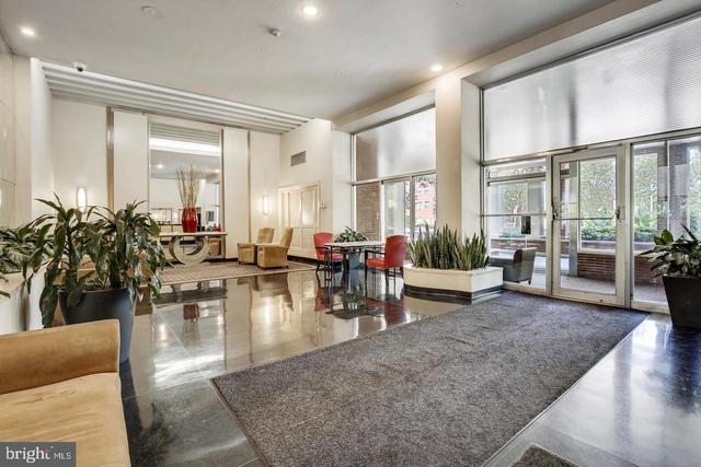 1 Bedroom, East Village Rental in Washington, DC for $2,200 - Photo 2
