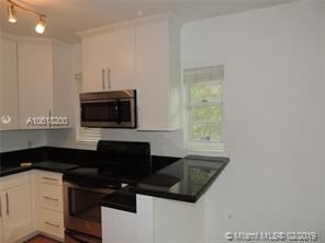 2 Bedrooms, Espanola Villas Rental in Miami, FL for $2,300 - Photo 1