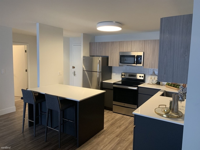 1 Bedroom, Old Town Triangle Rental in Chicago, IL for $2,200 - Photo 1