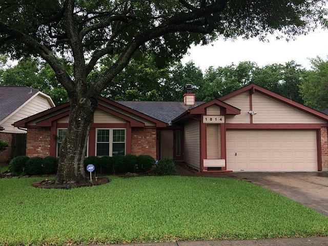 4 Bedrooms, The Highlands Rental in Houston for $1,800 - Photo 2