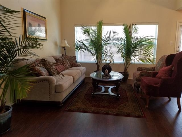 2 Bedrooms, Tuscany Square Rental in Dallas for $1,600 - Photo 2