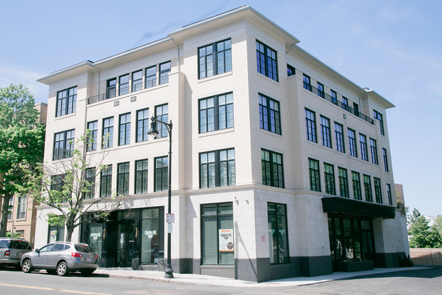 2 Bedrooms, Lower Roxbury Rental in Boston, MA for $3,800 - Photo 1