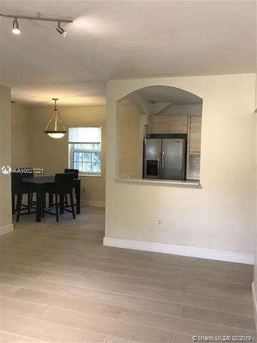 3 Bedrooms, Central Business District Rental in Miami, FL for $2,600 - Photo 2
