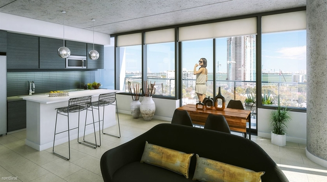 3 Bedrooms, Elwood Court Rental in Miami, FL for $3,370 - Photo 2