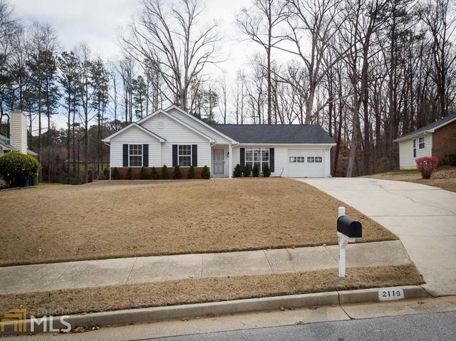 3 Bedrooms, Briar Glen Rental in Atlanta, GA for $1,800 - Photo 2