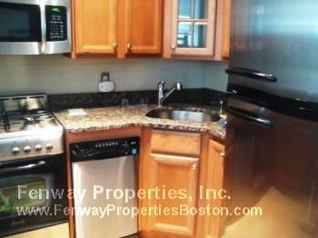 Studio, West Fens Rental in Boston, MA for $1,775 - Photo 2