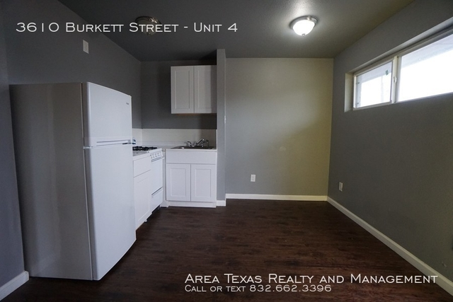 2 Bedrooms, Greater Third Ward Rental in Houston for $750 - Photo 2