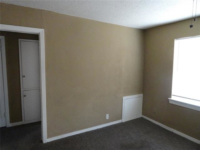 1 Bedroom, Old East Dallas Rental in Dallas for $700 - Photo 2