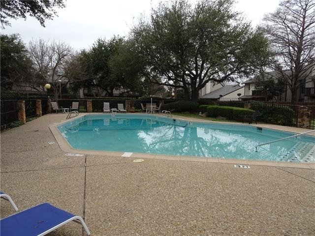 2 Bedrooms, Woodhaven Rental in Dallas for $1,095 - Photo 1
