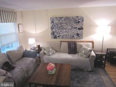 2 Bedrooms, Fairlington - Shirlington Rental in Washington, DC for $2,450 - Photo 1